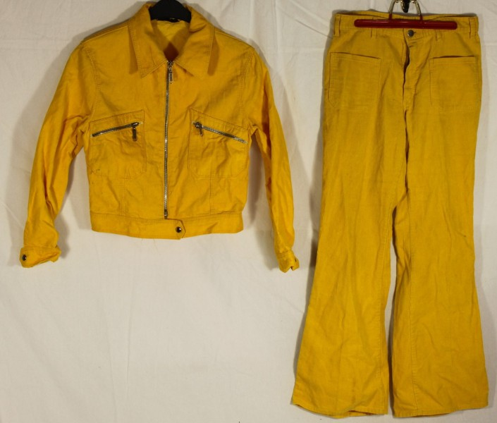 original 70er jahre cord hosenanzug mit schlaghose gelb gr e 36 38 vintage mode. Black Bedroom Furniture Sets. Home Design Ideas