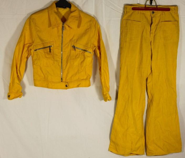 original 70er jahre cord hosenanzug mit schlaghose gelb. Black Bedroom Furniture Sets. Home Design Ideas